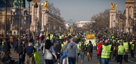 Gele hesjes scanderen antisemitische leuzen naar filosoof: 'Zuivere haat'