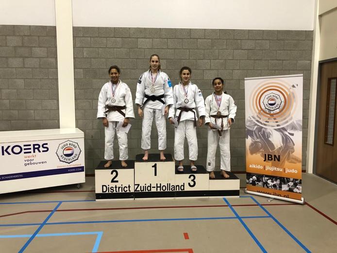 De Middelburgse Indy Godschalk kroonde zich tot districtskampioen van Zuid-Holland.