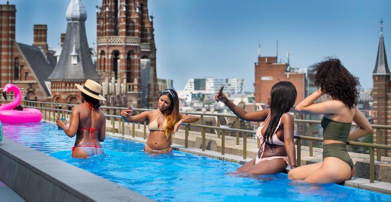 Beeld van vorig jaar: het zwembad op het dak van het W Hotel. Beeld anp