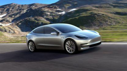 """Tesla maakt alweer geen vrienden. Volgens analist is Model 3 """"slecht afgewerkt"""""""