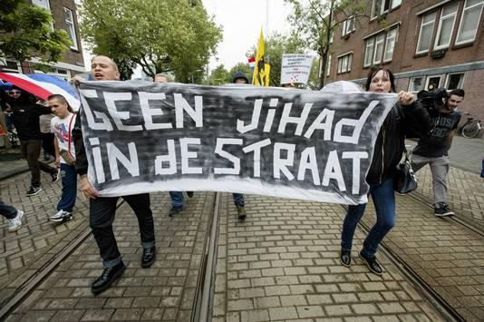 Demonstranten tijdens de 'Mars van de vrijheid' op 10 augustus in Den Haag.