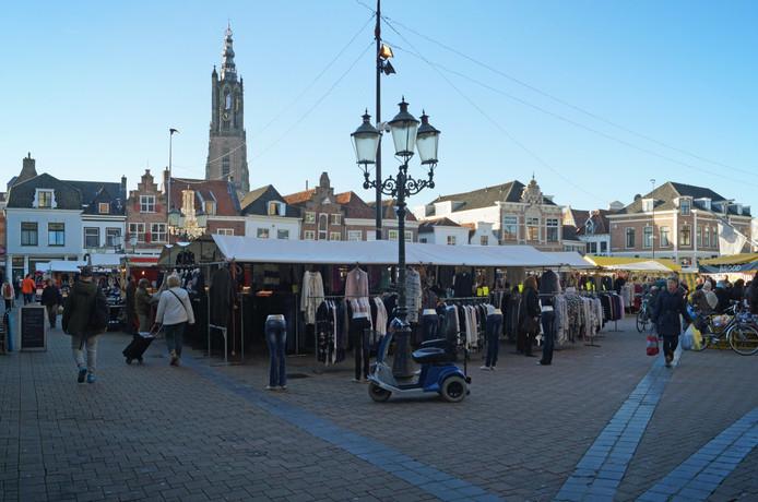 Markt op de Hof.