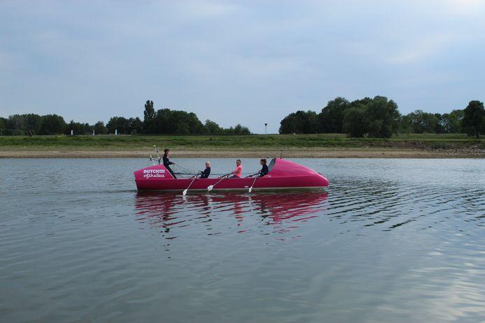 De vier vrouwen trainen op de IJssel deze keer.