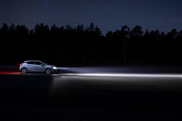 Led Verlichting Auto Koplamp.Koplampen Worden Steeds Slimmer Maar Niet Iedereen Is Daar