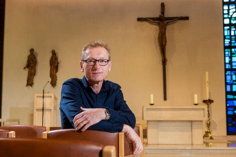 Johan Soenens is leek en overste van de zusterorde St. Vincentius in Kortemark.