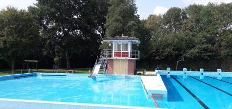 Dorpstafel Sint-Maartensdijk: 'Als er maar een zwembad is'