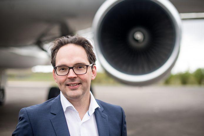 """Directeur Derk-Jan van Heerden van AELS op Twente Airport:  """"AELS is niet betrokken geweest bij alles wat er tot nu toe rond die vliegtuigen is gebeurd""""."""