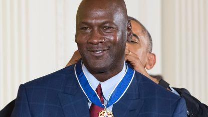 Waarom Michael Jordan altijd wegliep voor maatschappelijke problemen, maar nu weldoener is