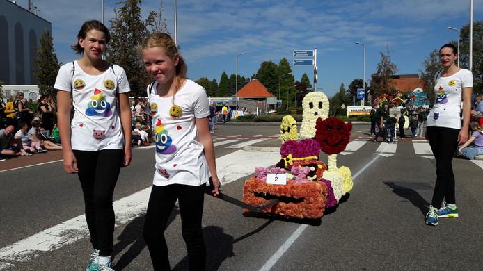 Rond 14.00 uur trekken de eerste creaties door de straten van Lichtenvoorde.