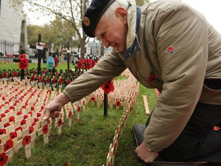 Oorlogsveteraan Dirk Henry is op 94-jarige leeftijd overleden.