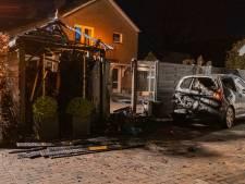 Auto en schuur branden uit in Gorssel