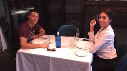 """Cristiano neemt zijn Georgina mee naar """"beste restaurant van Madrid"""", maar niet iedereen is onder de indruk"""
