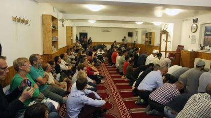 Vergunning onder voorwaarden voor moskee in opslagplaats