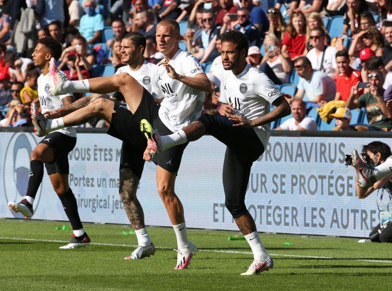 V.r.n.l.: Neymar, Mitchel Bakker, Mauro Icardi en Thilo Kehrer. Beeld Getty Images