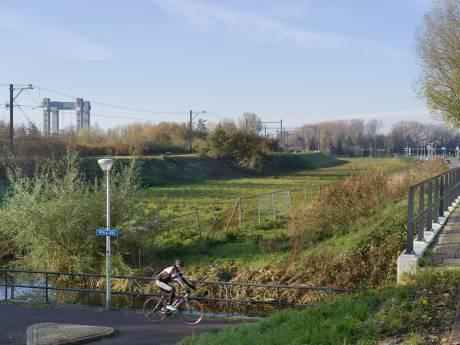 Tweehonderd appartementen voor jongeren langs het spoor in Gouda: meer dan 700 inschrijvingen
