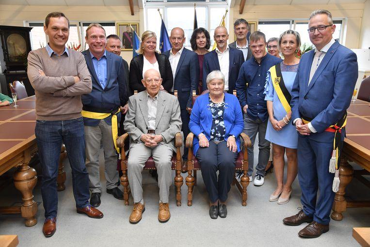 Paul Van Eede en Godelieve Van Belle werden ontvangen op het gemeentehuis.