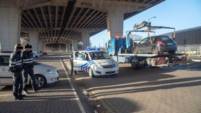 19 voertuigen getakeld onder viaduct Gentbrugge