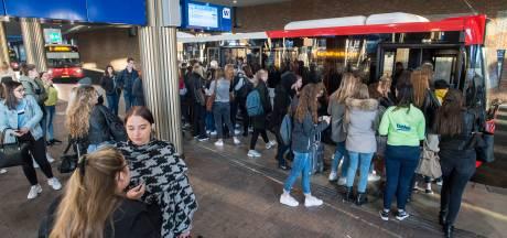 Arriva met de handen in het haar: veel bussen vallen uit door tekort aan chauffeurs