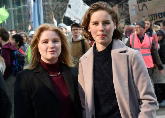 Kyra Gantois (links) en Anuna De Wever.