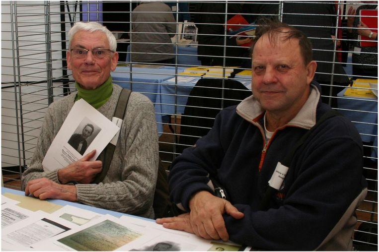 Maurice Dodion en Wasily Pedjko van de Heemkring Hoegaards Erfgoed.