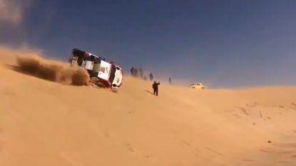 Ook Alonso leert de Dakar-grillen kennen: F1-kampioen tuimelt de diepte in en legt 500 km af zonder voorruit