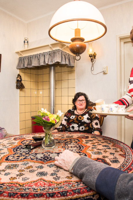 Truus is zelf 70, maar verzorgt nog dagelijks haar 96-jarige moeder
