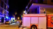 Rookmelder voorkomt erger bij brand, bewoonster even naar ziekenhuis