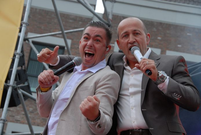 Wilbert Pigmans (l) tijdens een eerder optreden.