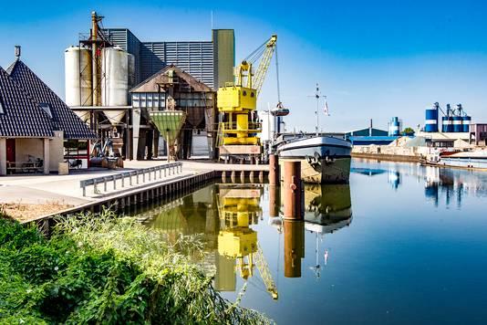 Binnenvaartschippers gevangen in Deventer.