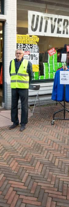 Coronaverwarring in Baarn: skimarkt mag niet in de open lucht, wel binnen in krappe winkel