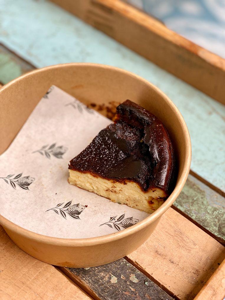 De Baskische cheesecake. Beeld Monique Van Loon