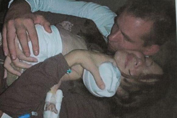 Stijn Desomer en Marta G. De enige foto van het koppel met Nils die bestaat.