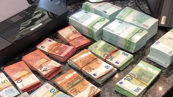 Een deel van het gevonden cash geld.