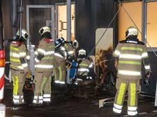 Korte, maar hevige brand bij Pouw vervoer in Woerden