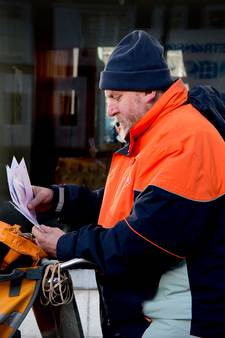 PostNL praat toch weer met vakbonden, acties gaan mogelijk niet door