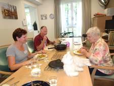 Boxtelse vrijwilligers koken voor hoogbejaarde mensen