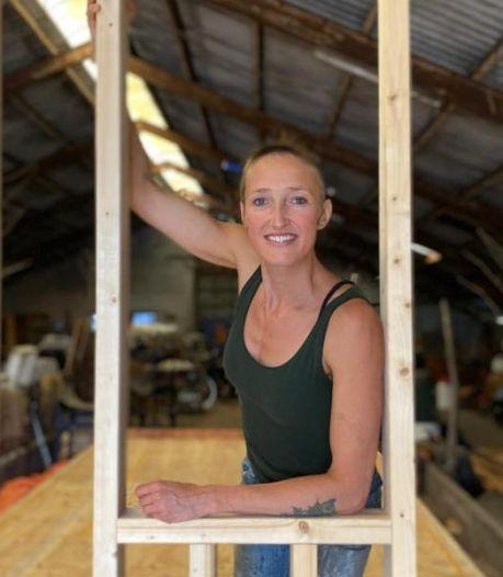 Impressionnant: Gerdine construit sa propre tiny house de 3 mètres sur 7