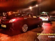 Snelheidsduivel moet rijbewijs inleveren na meerdere overtredingen, stapt daarna tóch weer auto in