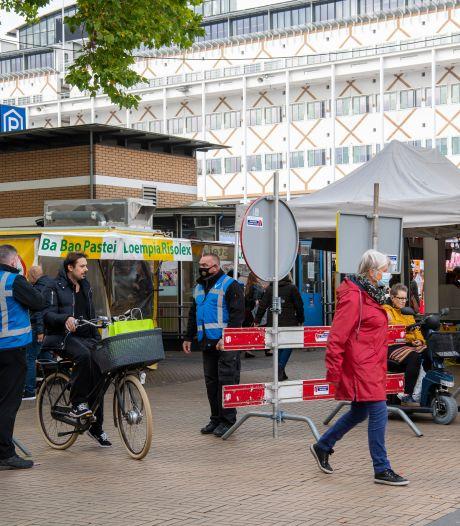 Markt in centrum Apeldoorn zat dit weekend op het randje van 'te druk'