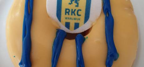 Donuts in clubkleuren en met logo van RKC Waalwijk