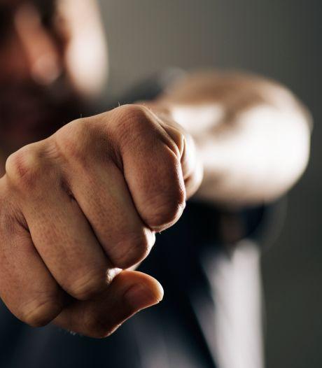 Ossenaar sloeg man tijdens kermis 'als een beest in elkaar', OM eist hoge celstraf