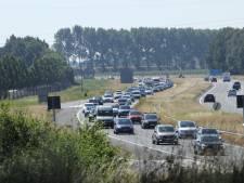 File op snelweg A58 vanwege bermbrand