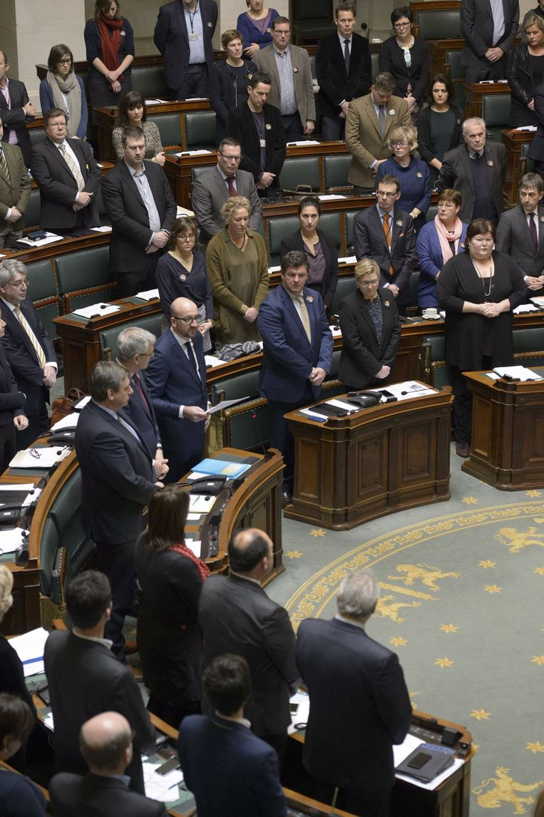 De kamer bracht vanmiddag hulde aan de slachtoffers van de aanslag op Charlie Hebdo.