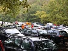 Parkeerterreinen vol: het is te druk in het bos, waarschuwt burgemeester van Baarn