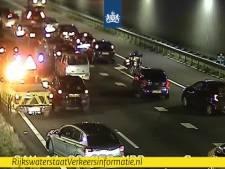 Beschonken bestuurder veroorzaakt ongevallen: Ketheltunnel dicht