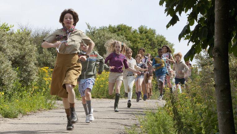 Een scène uit de film Mees Kees Op Schoolkamp. Beeld -