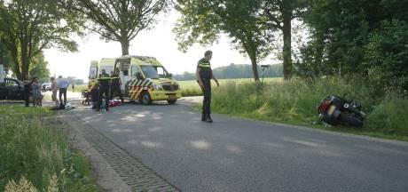 Motorrijder schuift tientallen meters over asfalt na val in Harfsen