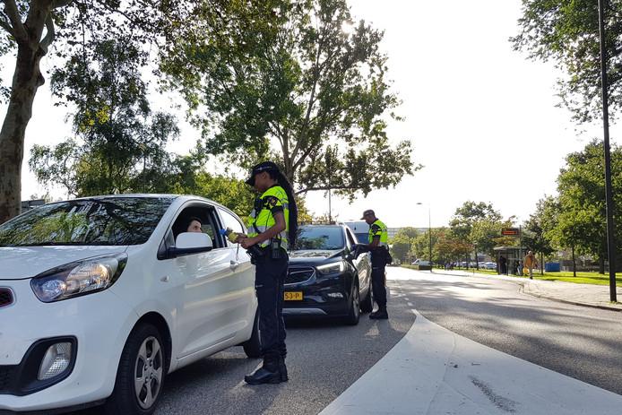 De politie hield gisteravond een alcoholcontrole in Vlaardingen.