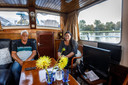 """Wim en Michaela Scholten wonen nu tijdelijk in een kleinere boot. ,,Hier kunnen we in de winter niet zo veel beginnen met een klein kacheltje."""""""