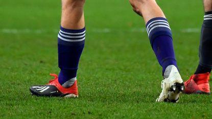 """Vanhaezebrouck ziet hoe 19-jarige Bornauw met te grote schoen van Santini speelt: """"Integratie van de jeugd verloopt nog niet perfect"""""""